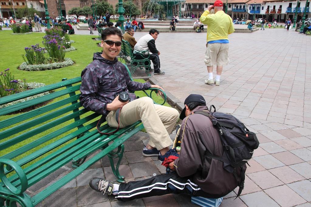 後で知ったのだが、このアルマス広場に有る壊れた椅子は有名らしい!