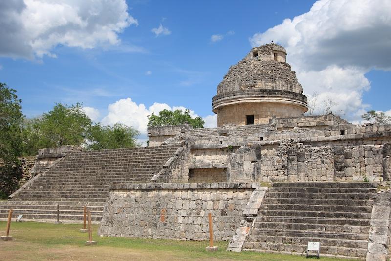 マヤ文明は天文観測台も作った。作物や戦争に備えてらしい。