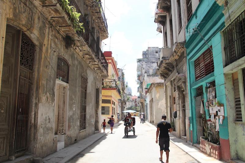 キューバ街並み
